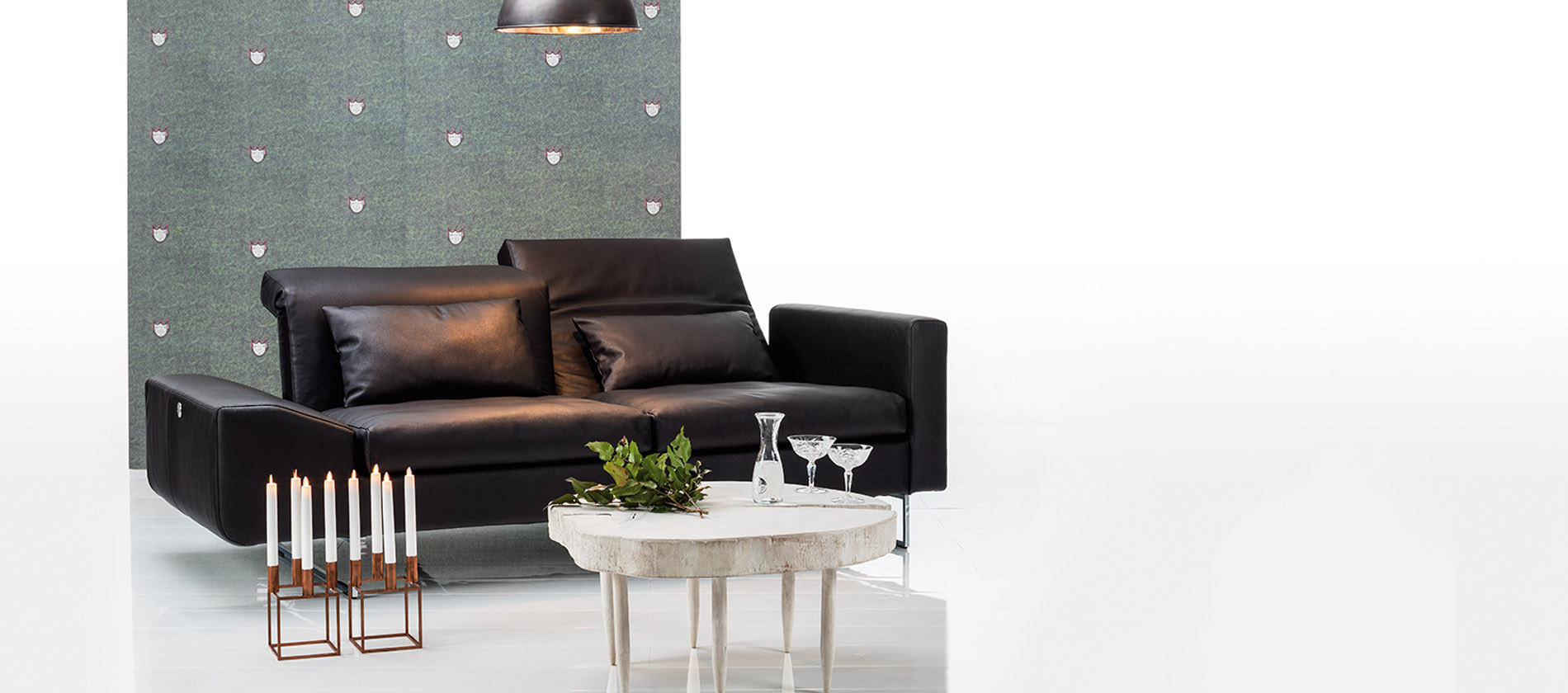 sofa embrace von br hl multifunktionales sofa. Black Bedroom Furniture Sets. Home Design Ideas