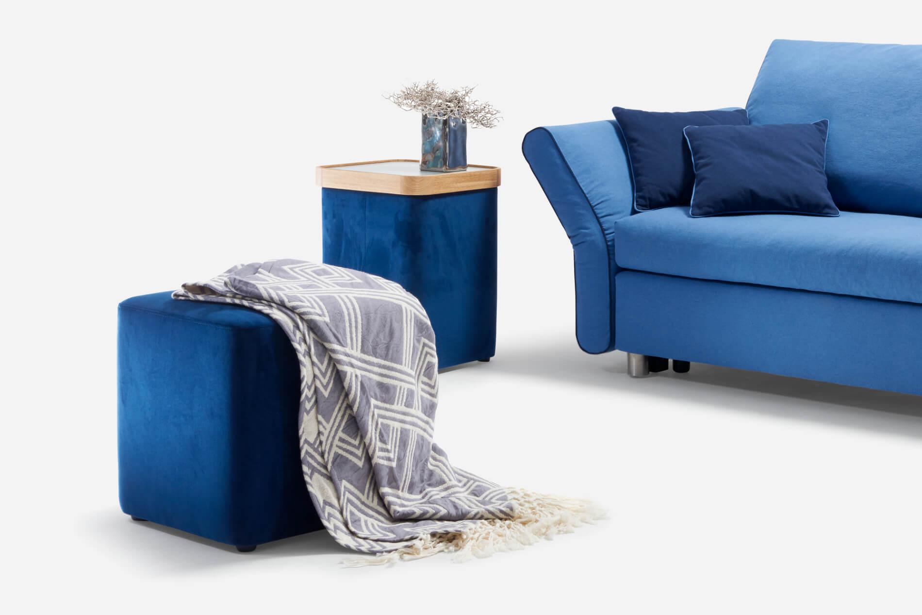 hocker bono von signet bequemer hocker und praktischer tisch. Black Bedroom Furniture Sets. Home Design Ideas